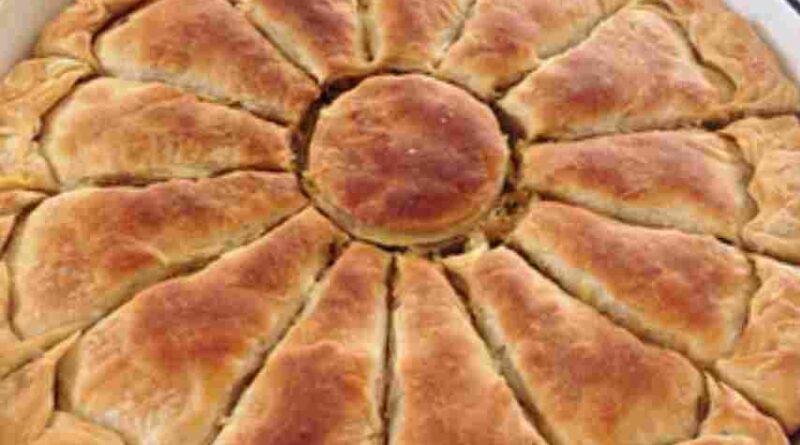 El Açması Pırasalı Börek Tarifi
