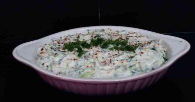 Patatesli Salatalıklı Tarator Tarifi